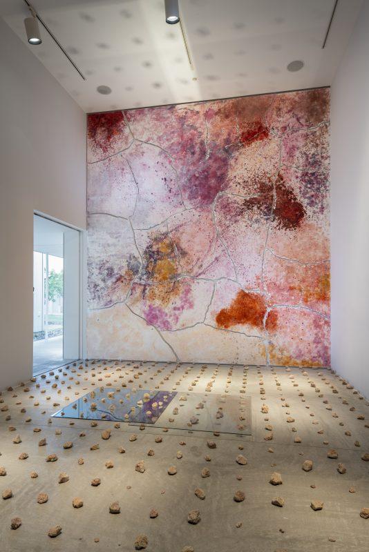 Arts Towada 十周年記念「インター+プレイ」展 第1期 は8月29日までです