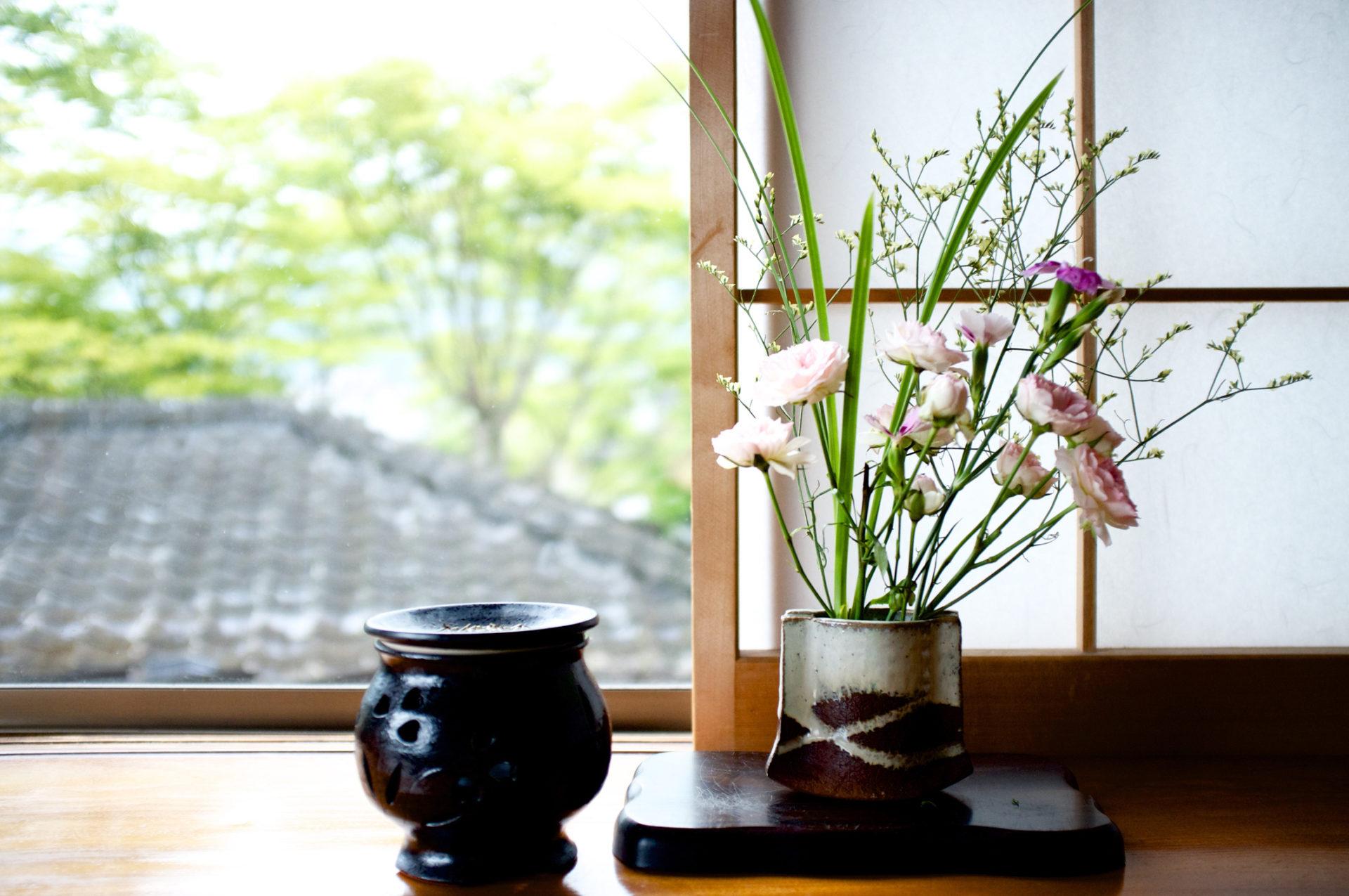 【イベント情報】華道家元池坊青森支部80周年記念花展が開催されています